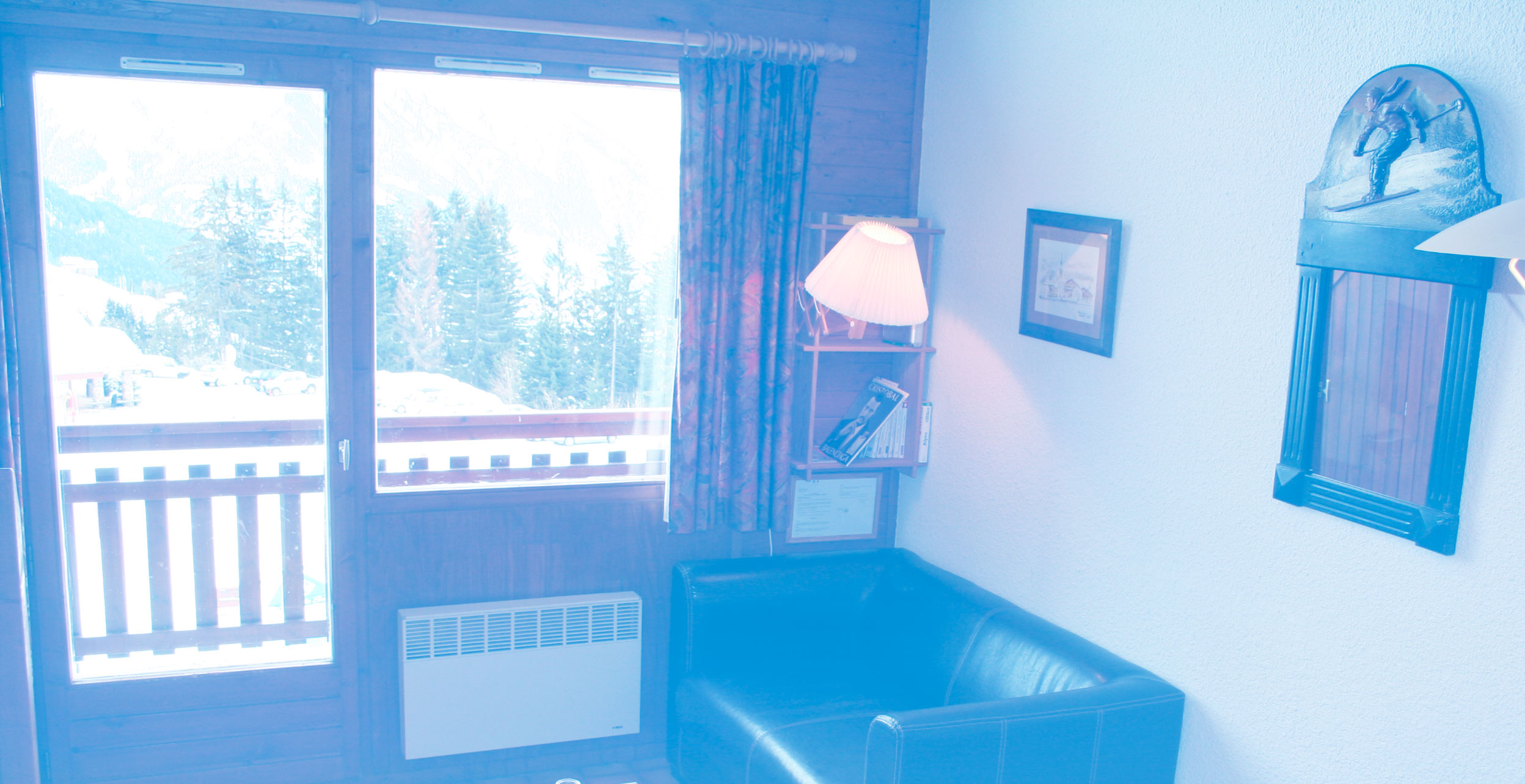 Appartement 6-8 personnes au pied des pistes, avec vue dégagée sur le mont-Blanc et la vallée de Beaufort.